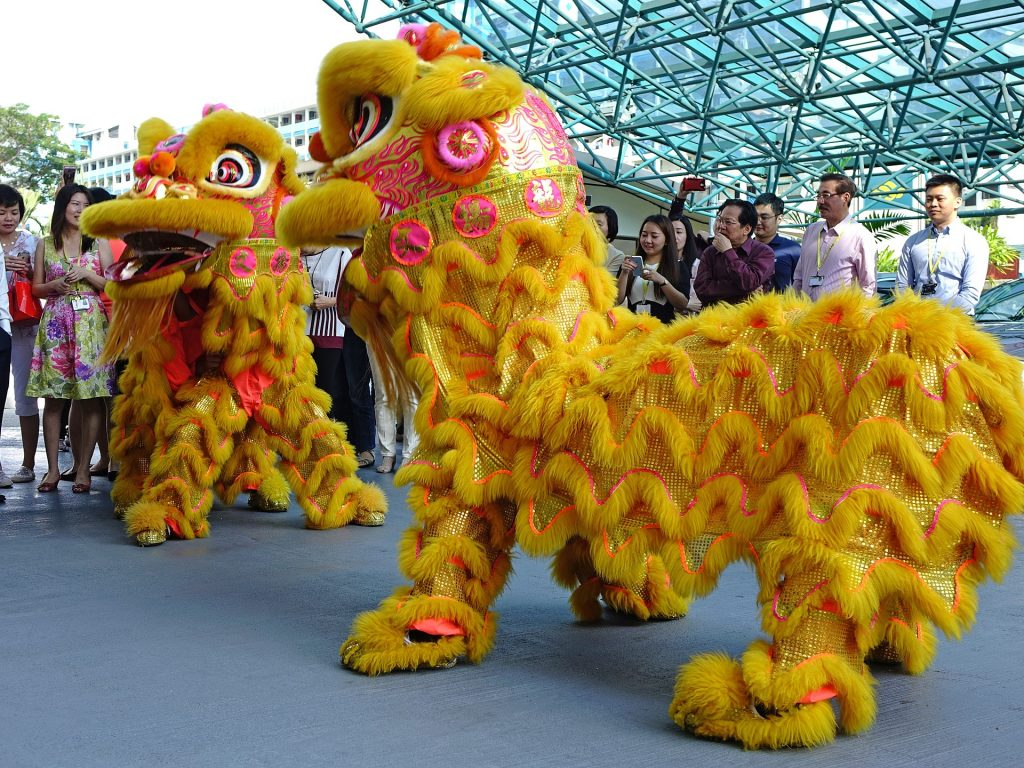 lion dance chinese new year